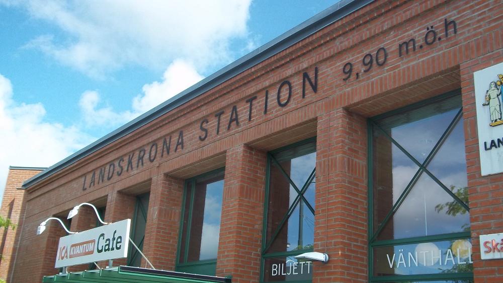 Etwa 15 Minuten mit dem Zug, und man steht am Bahnhof von Landskrona.